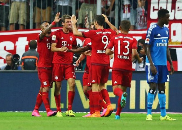 Gideon-Jung-watches-on-Bayern-Munich-players-celebrate-triumph-over-Hamburg